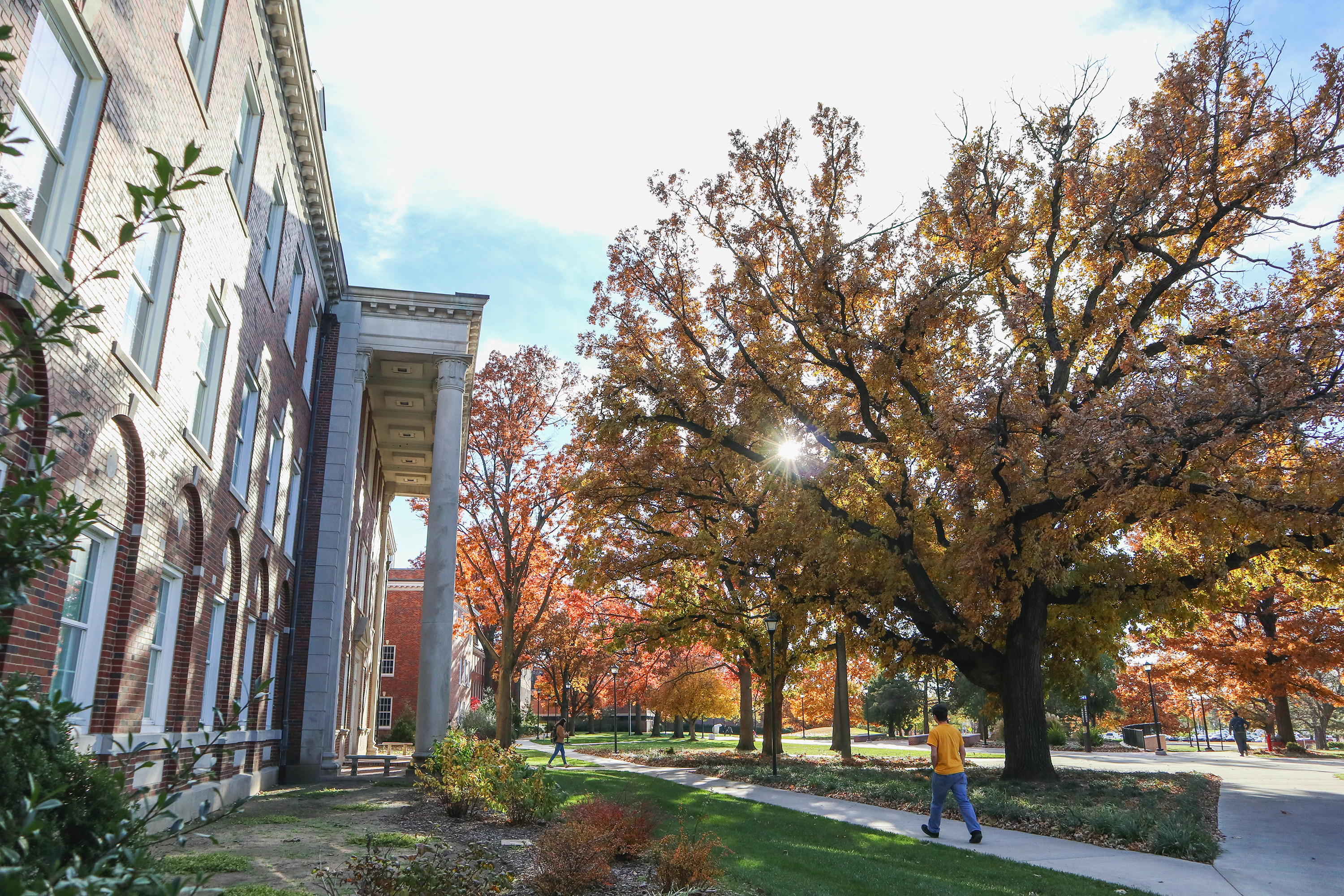 Jardine Hall in the fall.