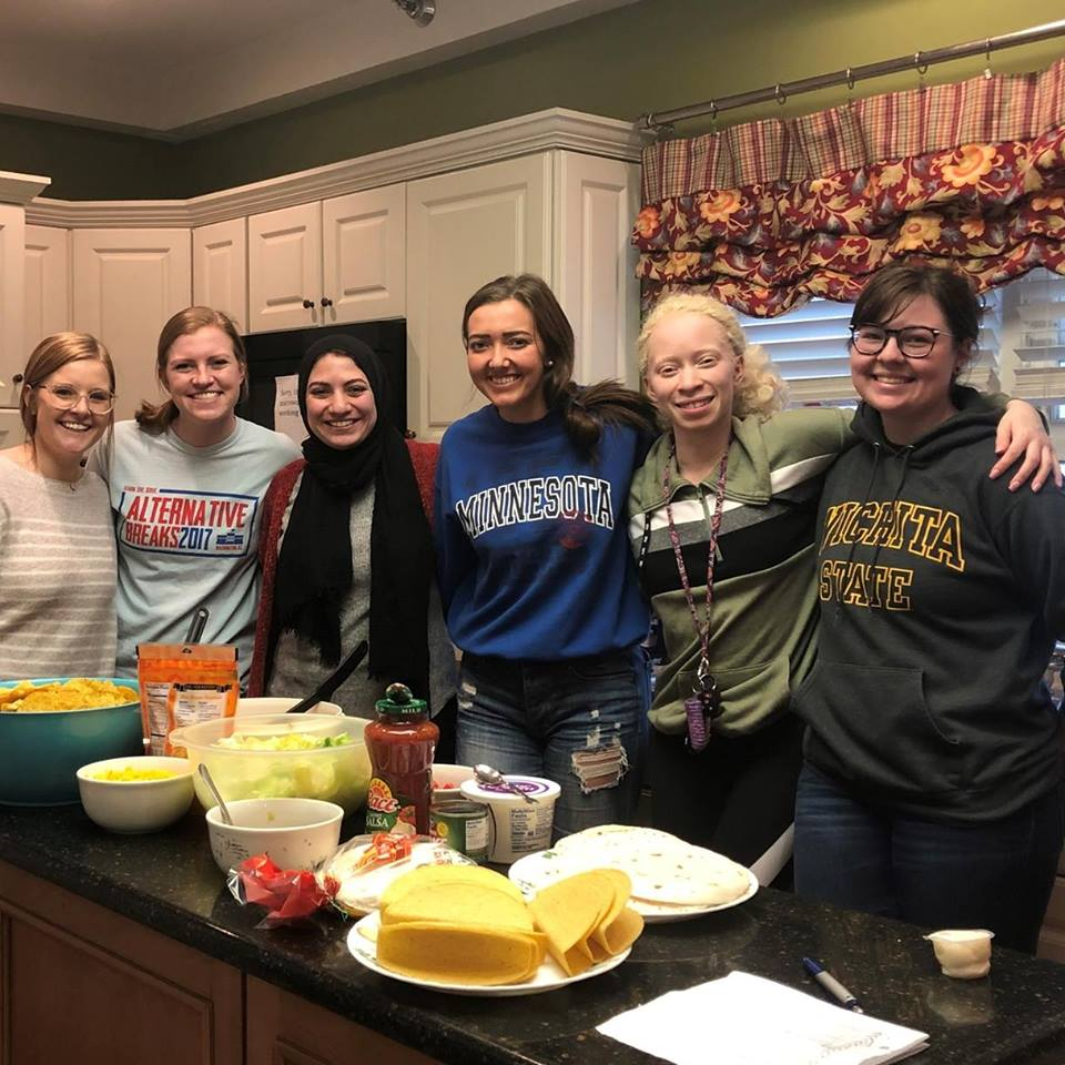WSUSSLHA serving at Ronald McDonald House Sp 2019