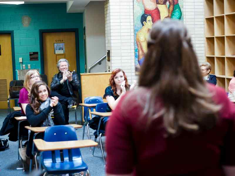 Music theatre student performs for class.