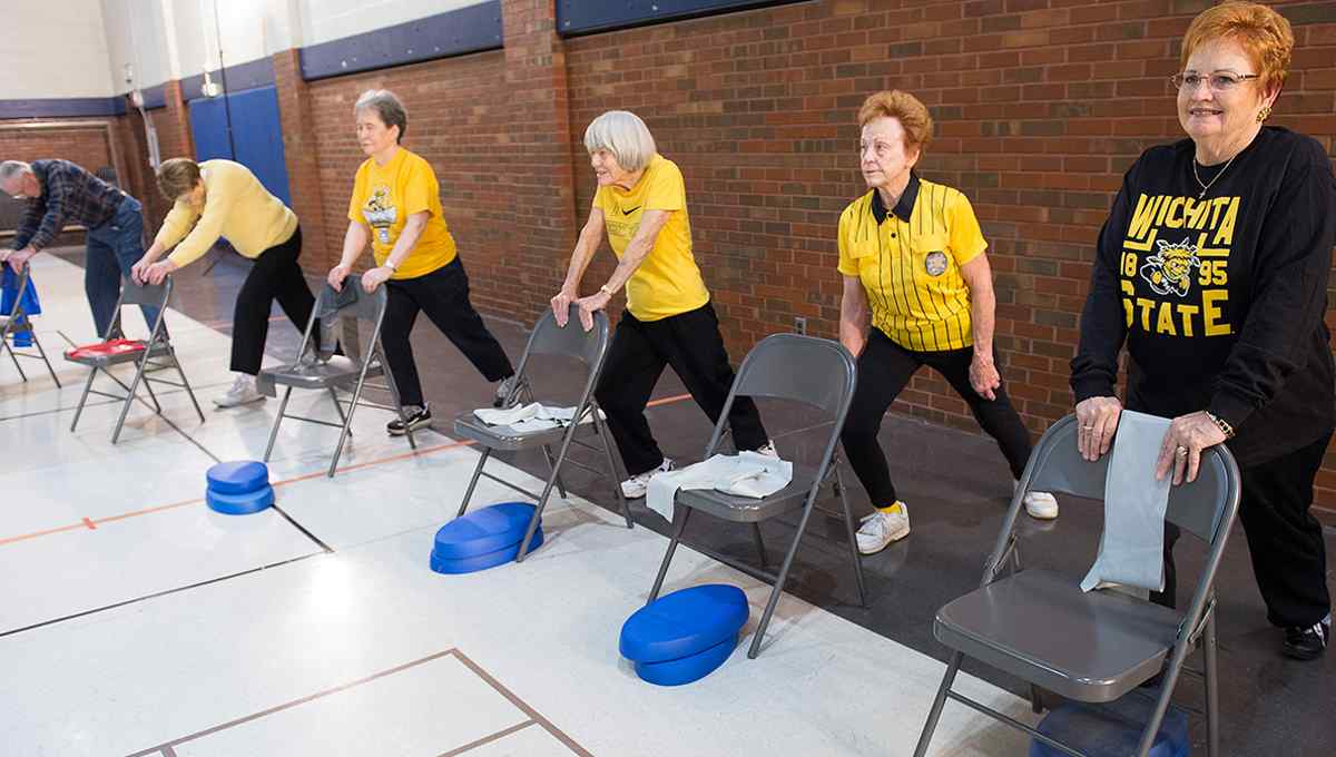 Highly trained graduate, practicum and undergraduate internship students are leading a new exercise program aimed at older adults.