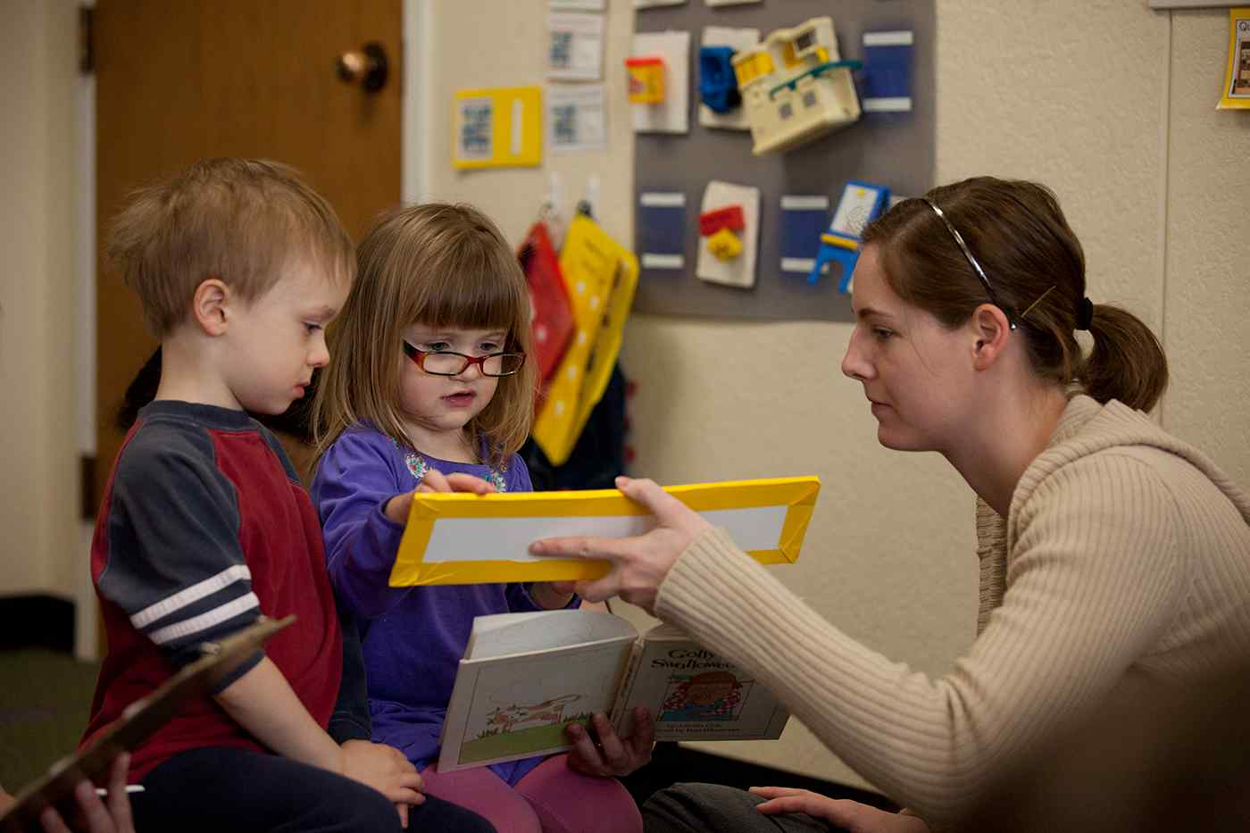 Speech-Language graduate students in the Communication Sciences and Disorders department work with kids at the clinic.